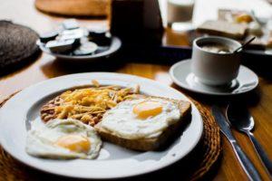 А вы съели правильный завтрак перед утренней тренировкой?