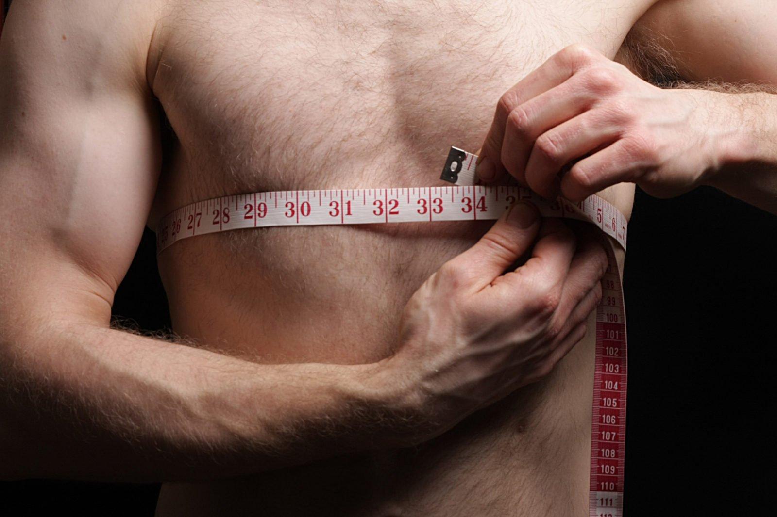 Подходы и упражнения для мужчин, чтобы убрать живот