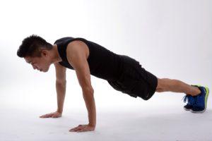 Планка для мужчин: техника выполнения упражнения и практическая польза