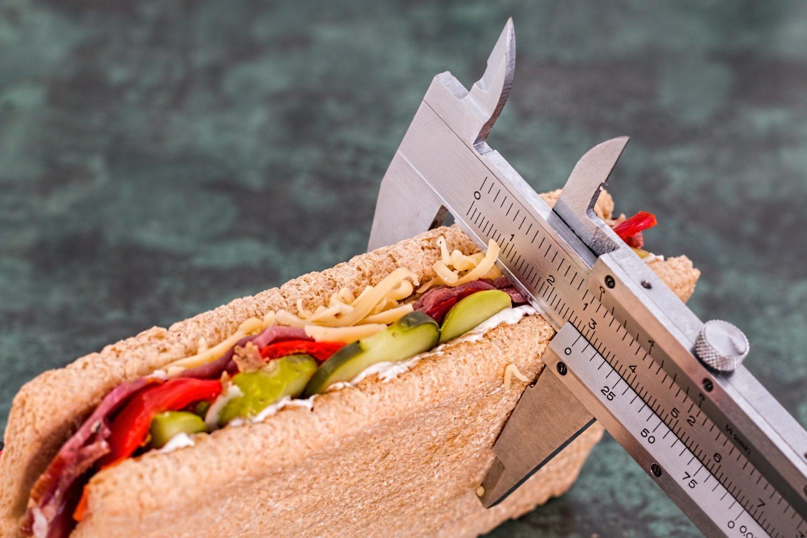 Рассчитайте идеальную норму калорий в день