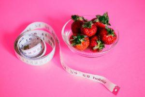 Как легко рассчитать норму калорий и БЖУ для похудения