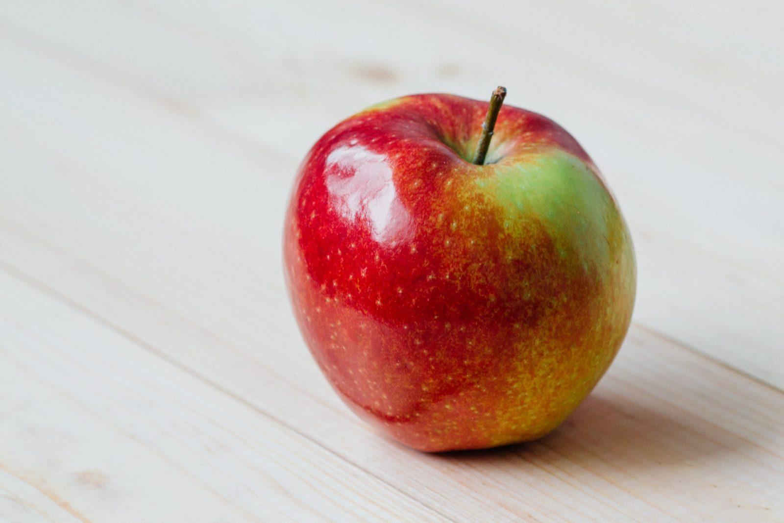 Можно ли при похудении есть яблоки