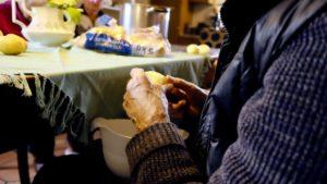 Составляем меню для пожилых людей правильно: учитываем особенности организма в 60 и 80 лет