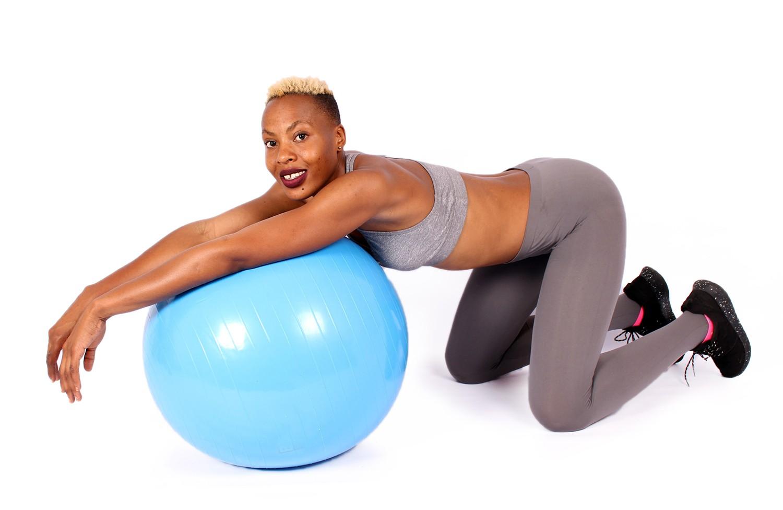 Лучшие упражнения от «галифе» на бедрах в домашних условиях