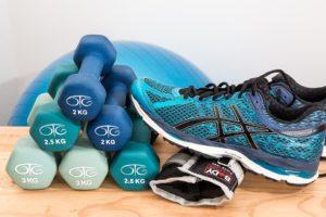 Упражнения с гантелями: один снаряд и много мышц