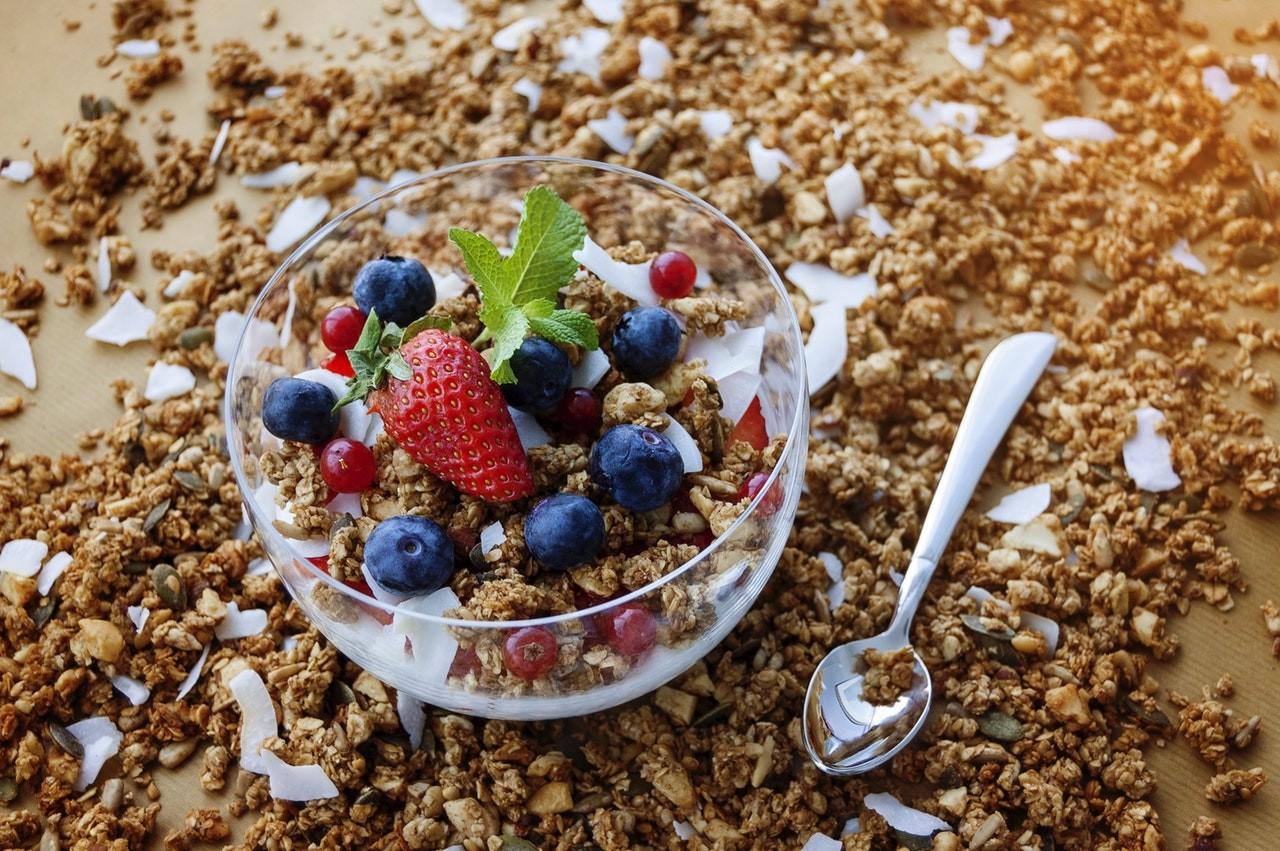 С чем едят мюсли при похудении — Похудение