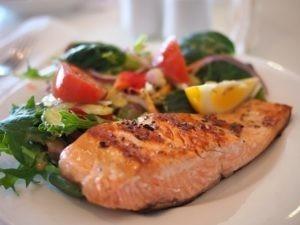Особенности правильного питания для легкого и окончательного похудения женщин в домашних условиях