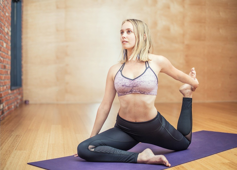 Пилатес: комплекс упражнений и полноценная тренировка для опытных и начинающих
