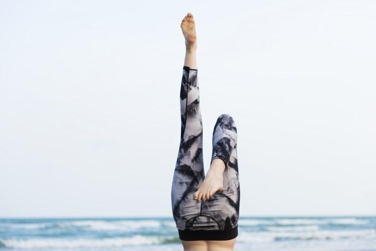 Упражнения для растяжки ног для мужчин и девушек: движения для икроножных мышц