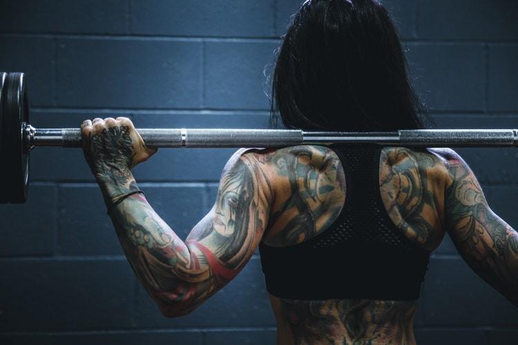 Стройное, крепкое и сильное тело с кроссфитом: круговые тренировки дома