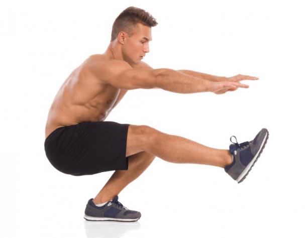 Упражнения на ягодицы в домашних условиях: тренировка для мужчины