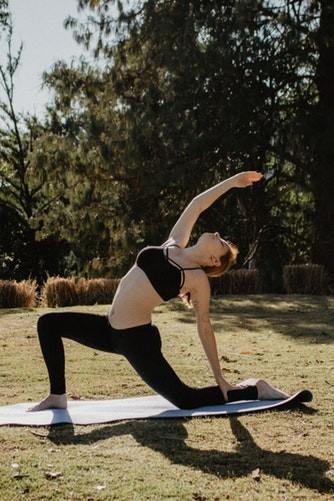 Упражнения на спину и плечи или как улучшить осанку