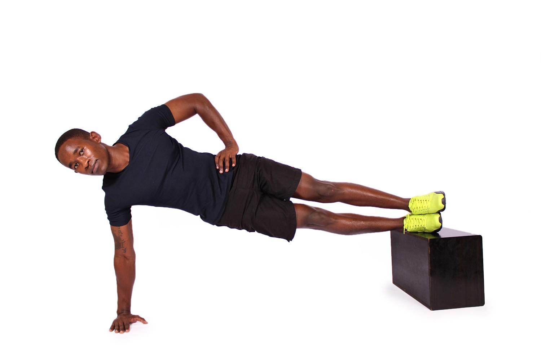 Подробная программа тренировок с собственным весом в домашних условиях