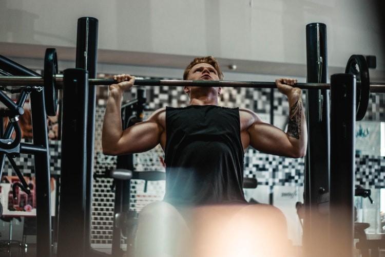 Крылья за спиной: качаем широчайшие мышцы