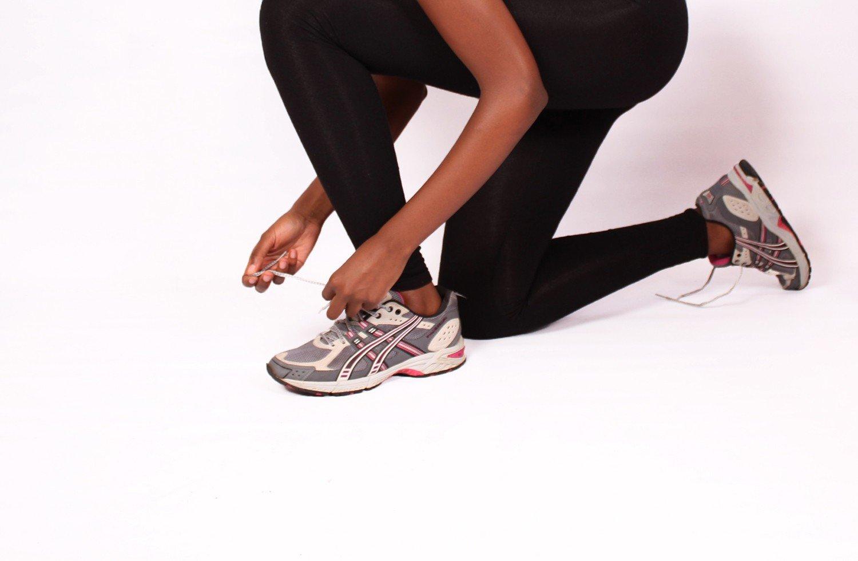 Комплекс упражнений на пресс и ноги: комплекс тренировок на мышцы, ягодицы, бедра