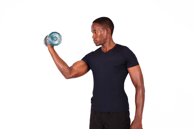 Эффективные упражнения для рук: магия преображения в домашних условиях
