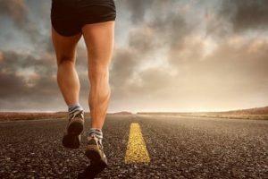 Правила прокачки икроножных мышц у мужчин и девушек: советы и упражнения