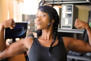 Упражнения на бицепс в тренажерном зале — как нужно качать руки