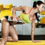 упражнения с гантелей