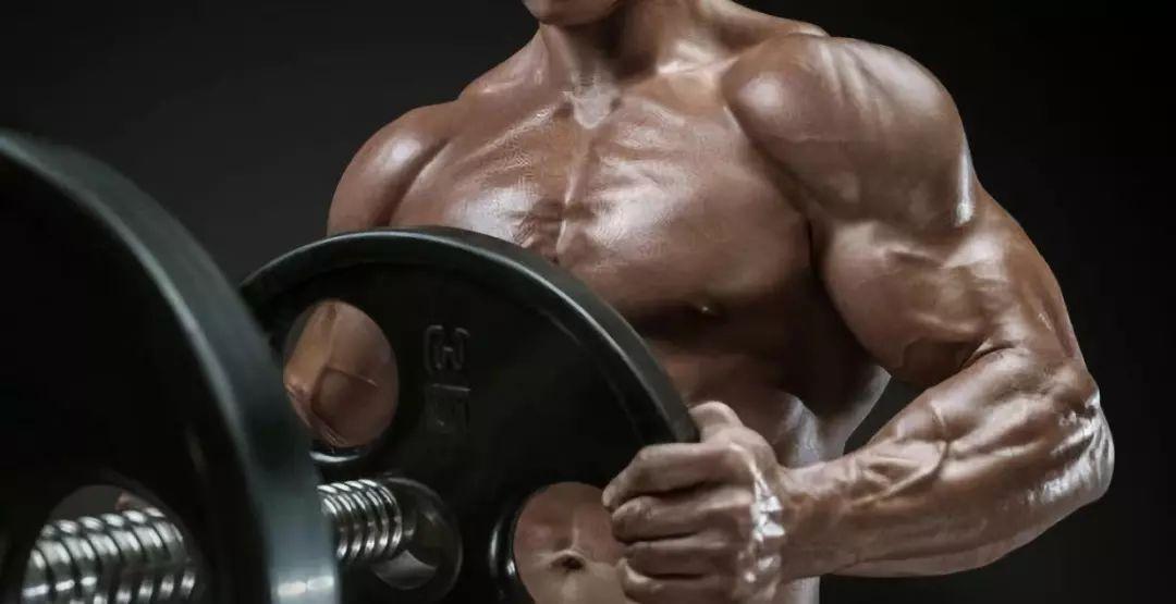 Программа занятий на массу: правила грамотной прокачки мышц