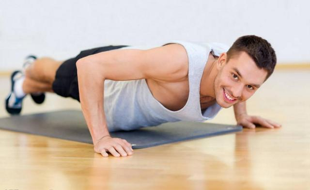Отжимания от пола: рабочие мышцы, эффективные упражнения, правильная техника выполнения