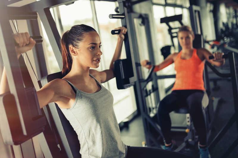 С чего начать занятия в тренажерном зале: инструкция для новичков