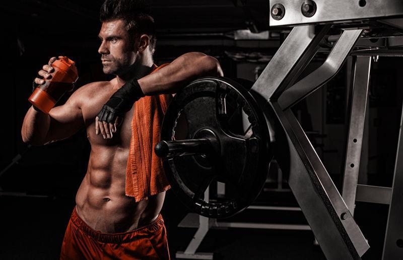 Похудение для мужчин в тренажёрном зале: программа тренировок
