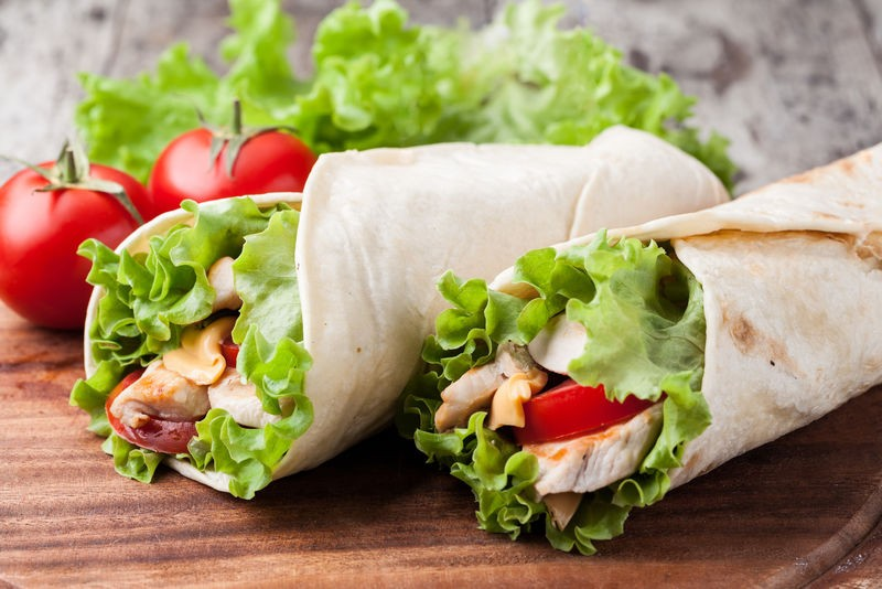 Здоровое питание для привлекательной фигуры: как приготовить диетические начинки для лаваша и сделать полезный рулет