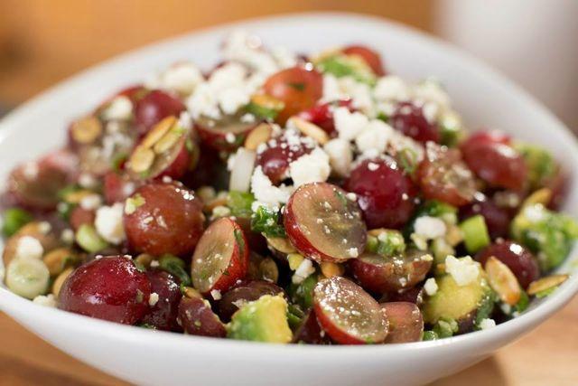 Салат с авокадо: лучшие диетические рецепты