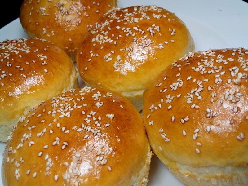 Вкусное и правильное питание для худеющих: какие булки можно есть на диете, как приготовить диетические булочки